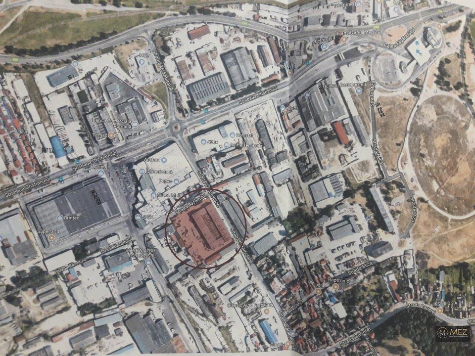 Teren pretabil parc industrial/spatii comerciale